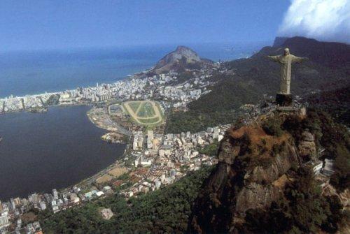 10 самых высоких памятников в мире (10 фото)