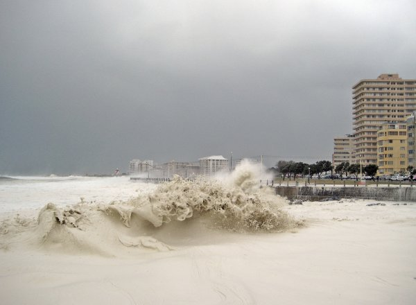 Пенное море в ЮАР (10 фото)