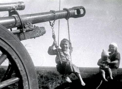 Из России в СССР. Редкие исторические снимки. (49 фото)