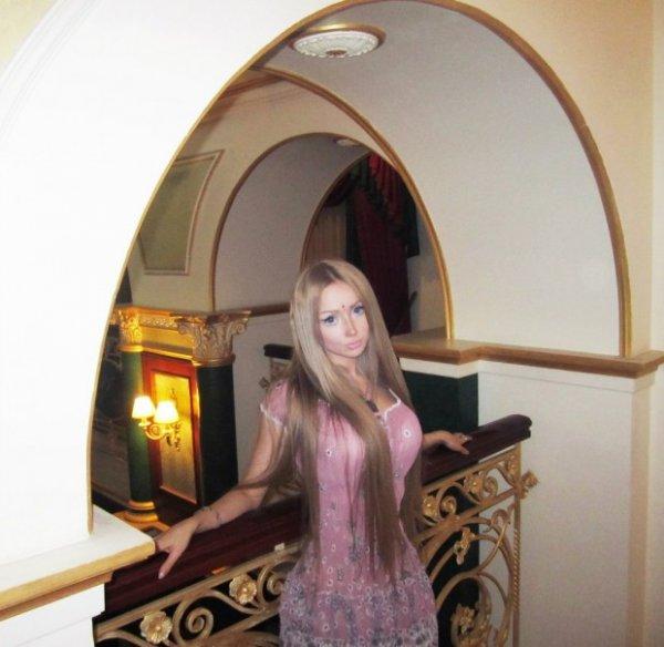 Ожившая кукла Барби из Одессы