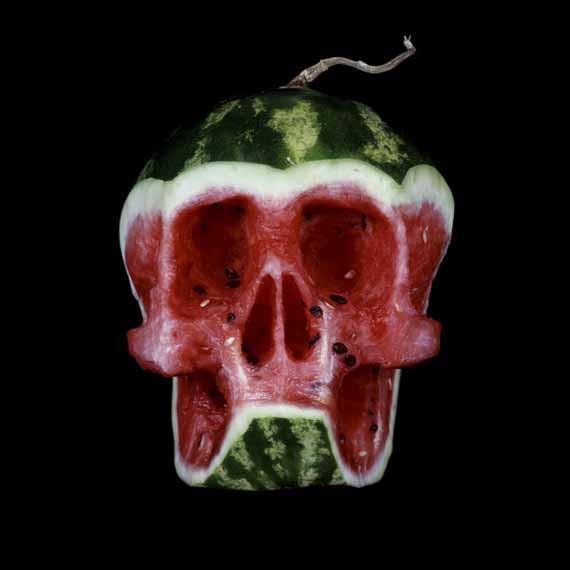 Черепушки из фруктов и овощей (6 фото)