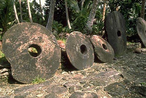 Самые большие деньги в мире были выпущены на островном государтве Микронезия (5 фото)