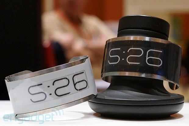 Самые тонкие часы в мире (5 фото)