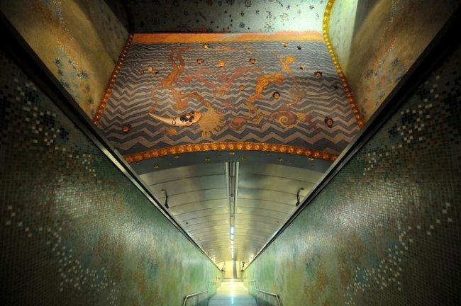 Лучшие в Европе станции метро по версии издания Daily Telegraph (22 фото)