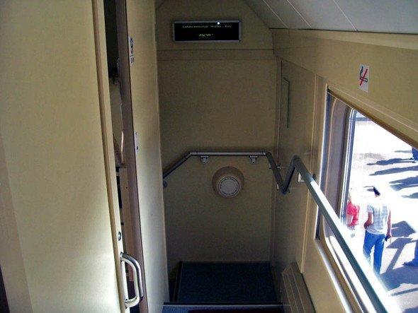 Двухэтажные вагоны – на российских железных дорогах (7 фото)