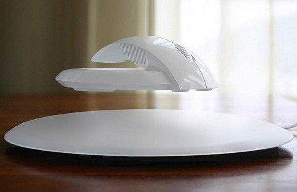 Комп'ютерна мишка з вмінням левітувати