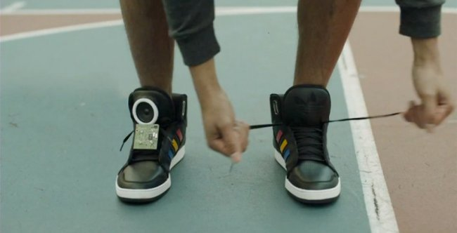 Кроссовки которые умеют разговаривать (5 фото + видео)