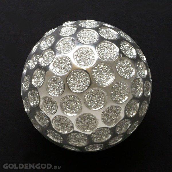 Самый дорогой мячик для гольфа в мире (3 фото)