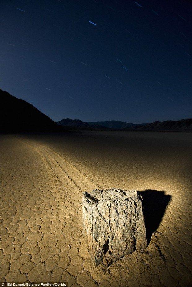Разгадана тайна камней в Долине Смерти
