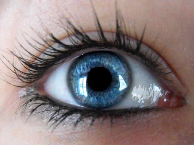 О частоте морганий глазом