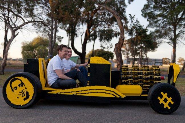 Авто из LEGO (5 фото + видео)