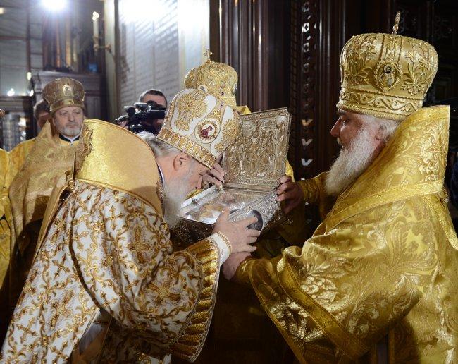 В Москву доставили Дары волхвов (3 фото)
