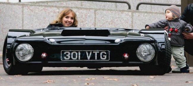 Самая низкая машина в мире (8 фото)