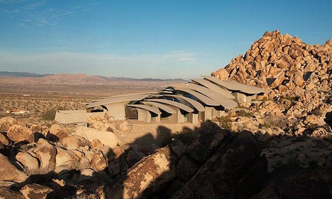 Joshua Tree: вилла в пустыне (9 фото)