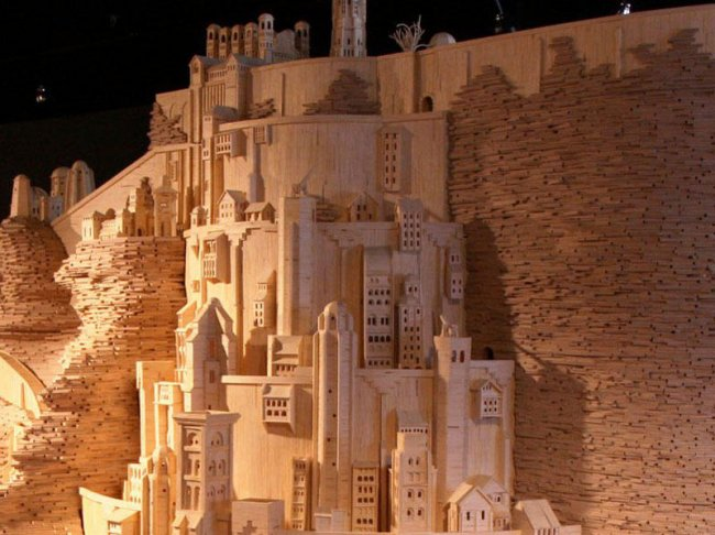 Город из Властелина колец из 400 000 спичек (8 фото)