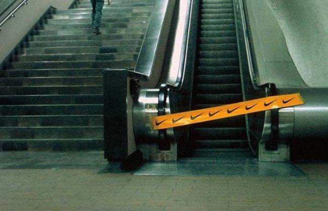 10 Уникальных лестничных реклам (10 фото + видео)