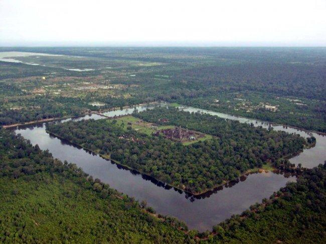 Храм Ангкор-Ват - вид сверху (фото дня - 17.09.2014 года)