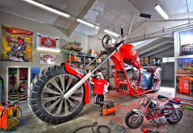Авто-факт: длина самого большого в мире мотоцикла более 10 метров