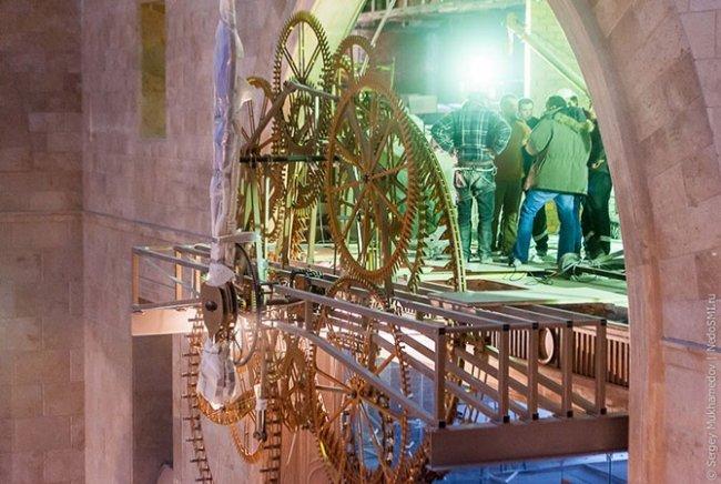 Самый большой часовой механизм в мире (7 фото)