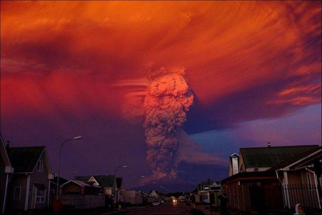 Вулкан Кальбуко проснулся (5 фото)