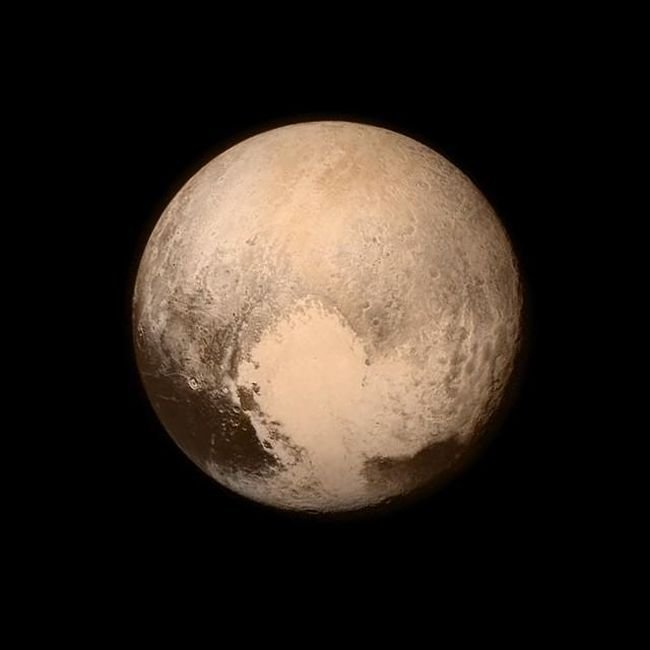 ����������� ������� New Horizons ������ ����� ������������ ������ ������� (13 ����)