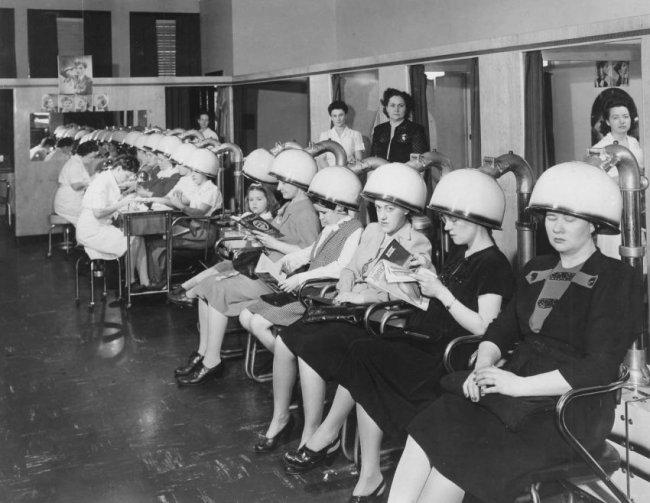 История создания первого салона красоты  (6 фото)