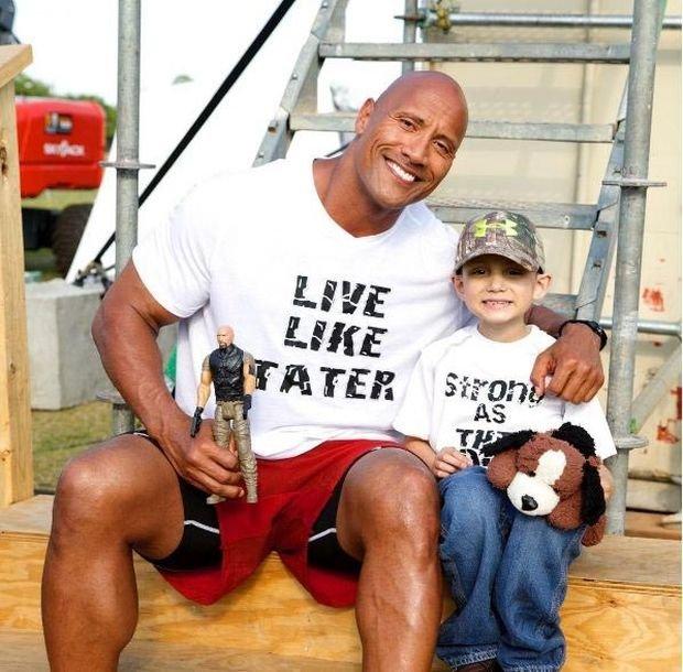 Дуэйн Джонсон  Скала помогает осуществляться детским мечтам (8 фото(