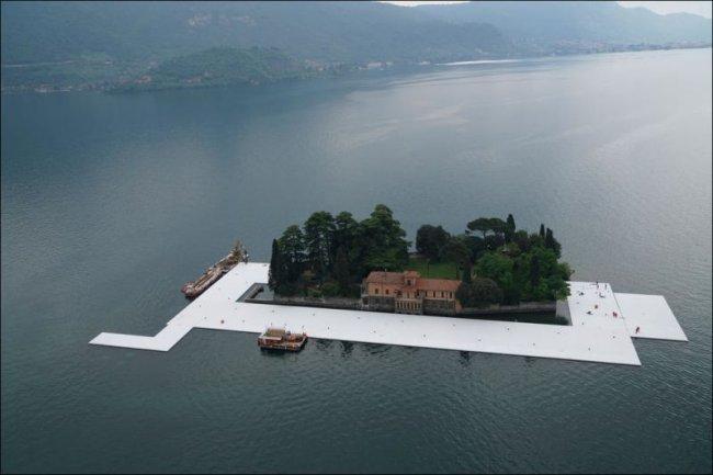 На итальянском озере будет доступна плавающая дорожка (26 фото)