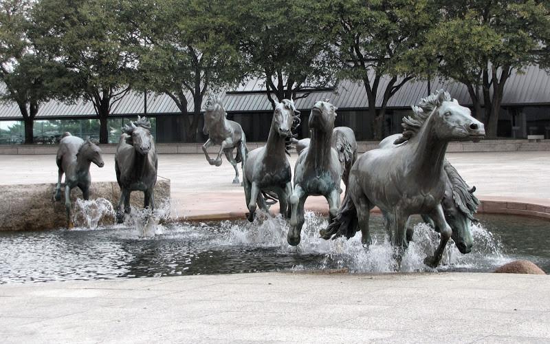 Самые уникальные скульптуры в мире