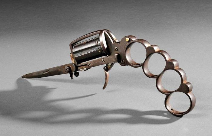 Необычные оружия прошлого (10 фото)