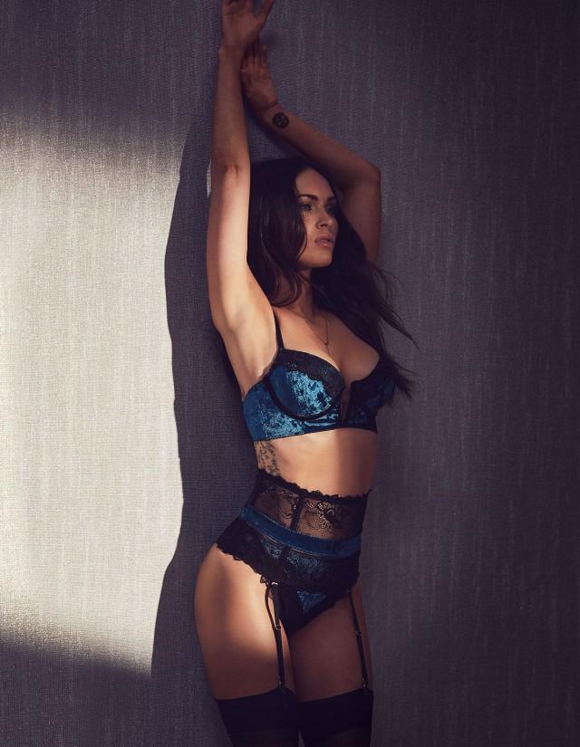 3518867a36c5 В то же время Меган Фокс, которая является лицом и креативным директором  данного бренда, призналась, что ей с трудом удается держать себя в форме,  ...