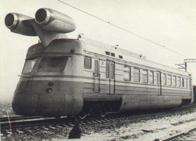 Авто - факт: состав ЭР22  - первый прототип реактивного поезда в СССР