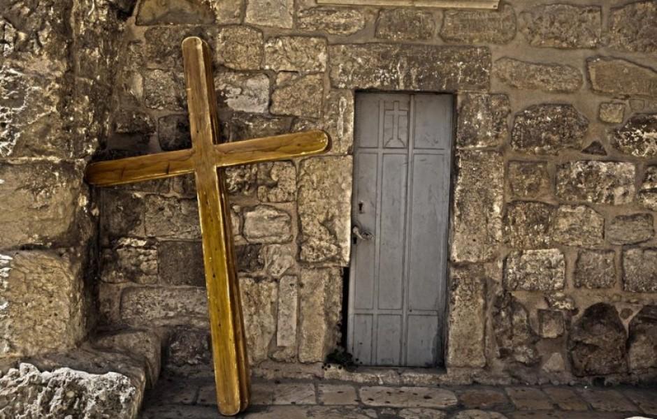 Почему ключи от христианского Храма Господня находятся у мусульман?