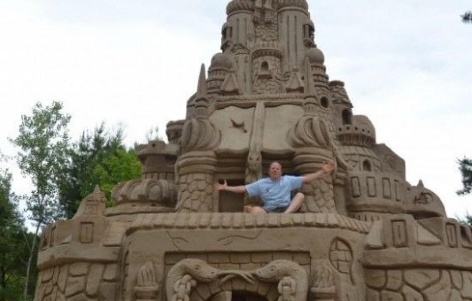 Самый большой песочный замок (9 фотографий)