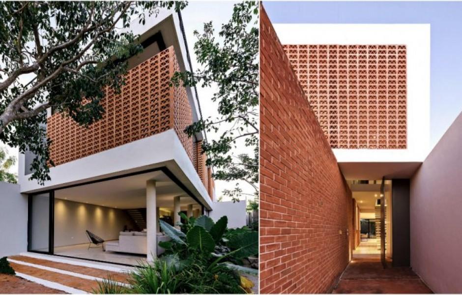 Дом из необычного кирпича в Мексике