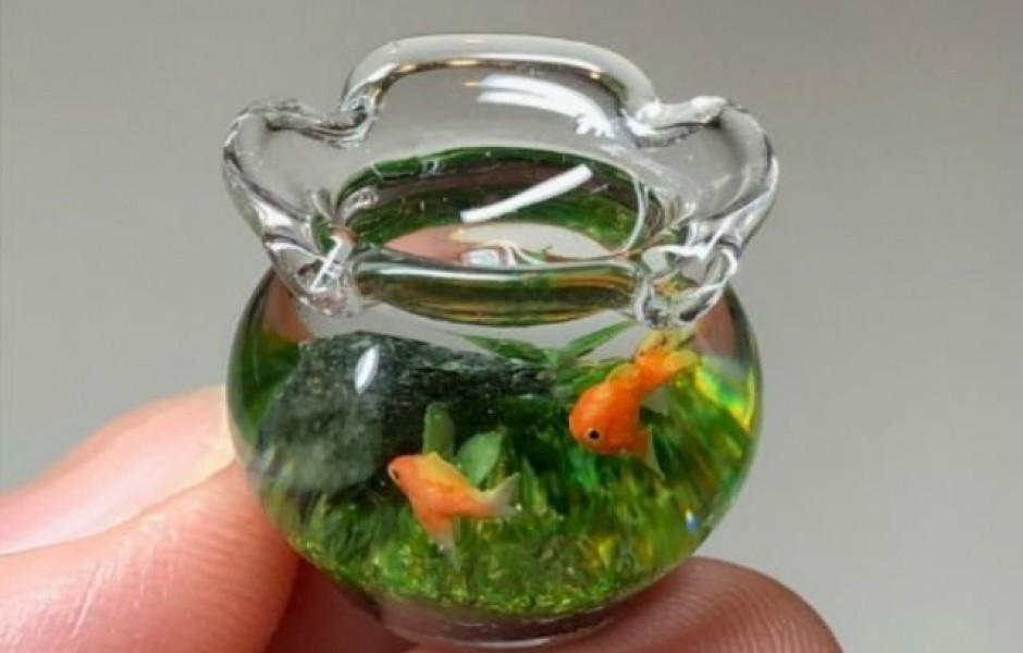Японская художница создаёт прекрасно детализированные миниатюрные пруды и аквариумы с золотыми рыбками (10 фото)