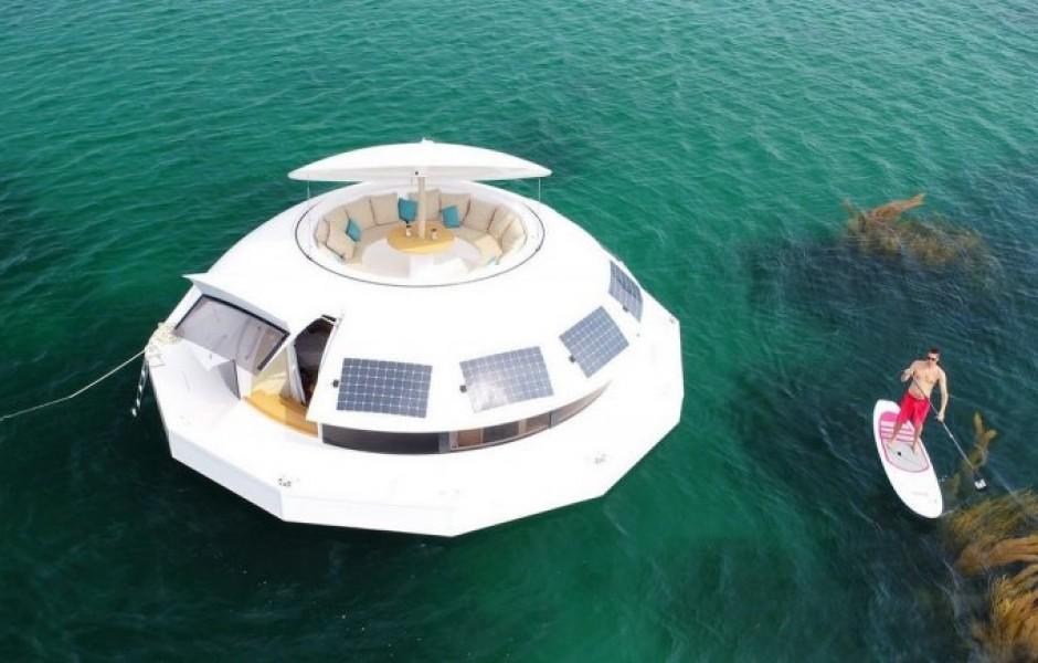 Элитный гостиничный номер с подводными спальнями а-ля Джеймс Бонд (9 фото + видео)