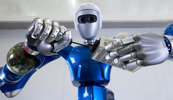 Вся правда об антропоморфных роботах (8 фото)
