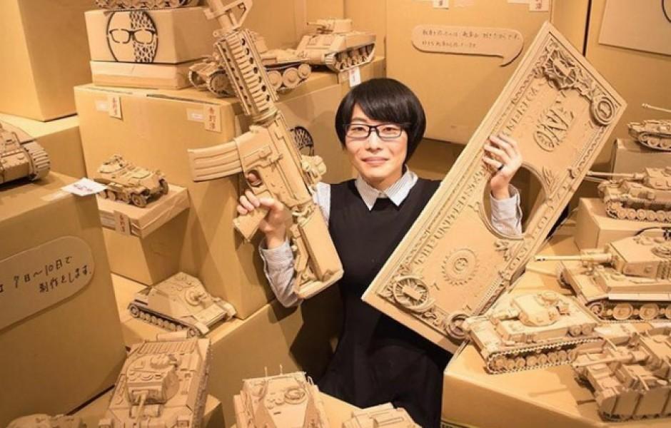 Невероятные скульптуры из картона (30 фото)