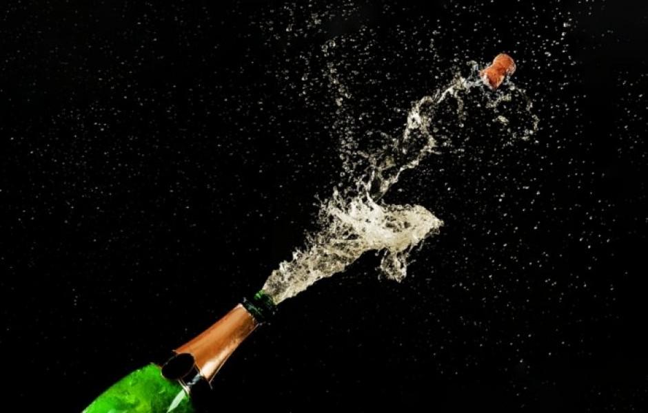 Насколько вылетевшая пробка от шампанского может быть опасной?