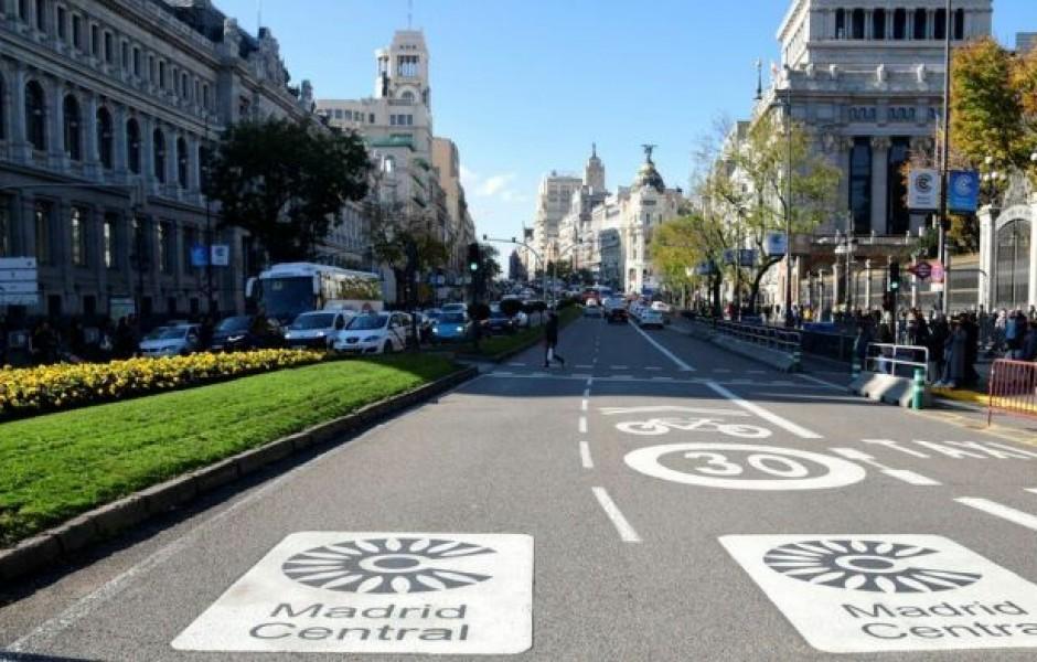 10 городов, в которых в скором времени автомобили будут под запретом