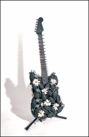 10 примеров безумного гитарного дизайна (10 фото)