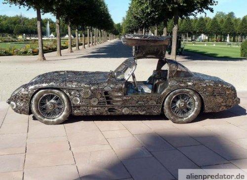 Раритетный Mercedes 300 SLR из металлолома (4 фото)