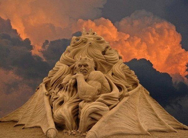 Божественная комедия Данте в песке (7 фото)