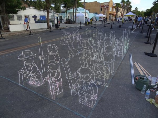 3D рисунки из мела (7 фото)