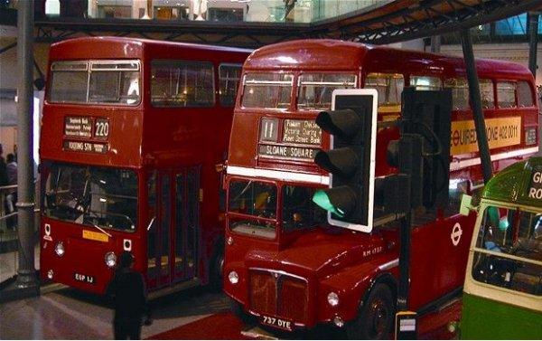 История лондонского автобуса (17 фото)