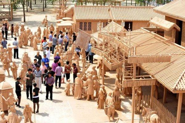 Парк глиняных скульптур в Китае (5 фото)
