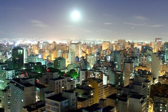В Сан-Паулу (Бразилия) запрещены любые виды наружной рекламы