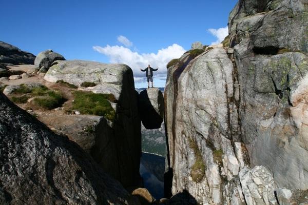 Испытай страх на Кьерагболтене (11 фото)