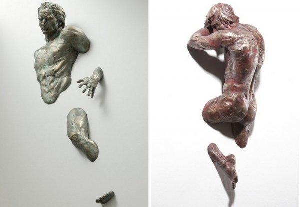 Выходящие из стены скульптуры Matteo Pugliese (5 фото)